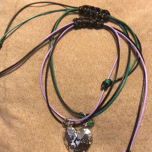 Jewelry - Expandable/retractable friendship bracelets